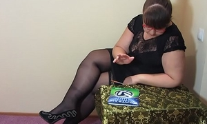 A strict school also likes to masturbate, bbw in stockings makes themselves fisting.